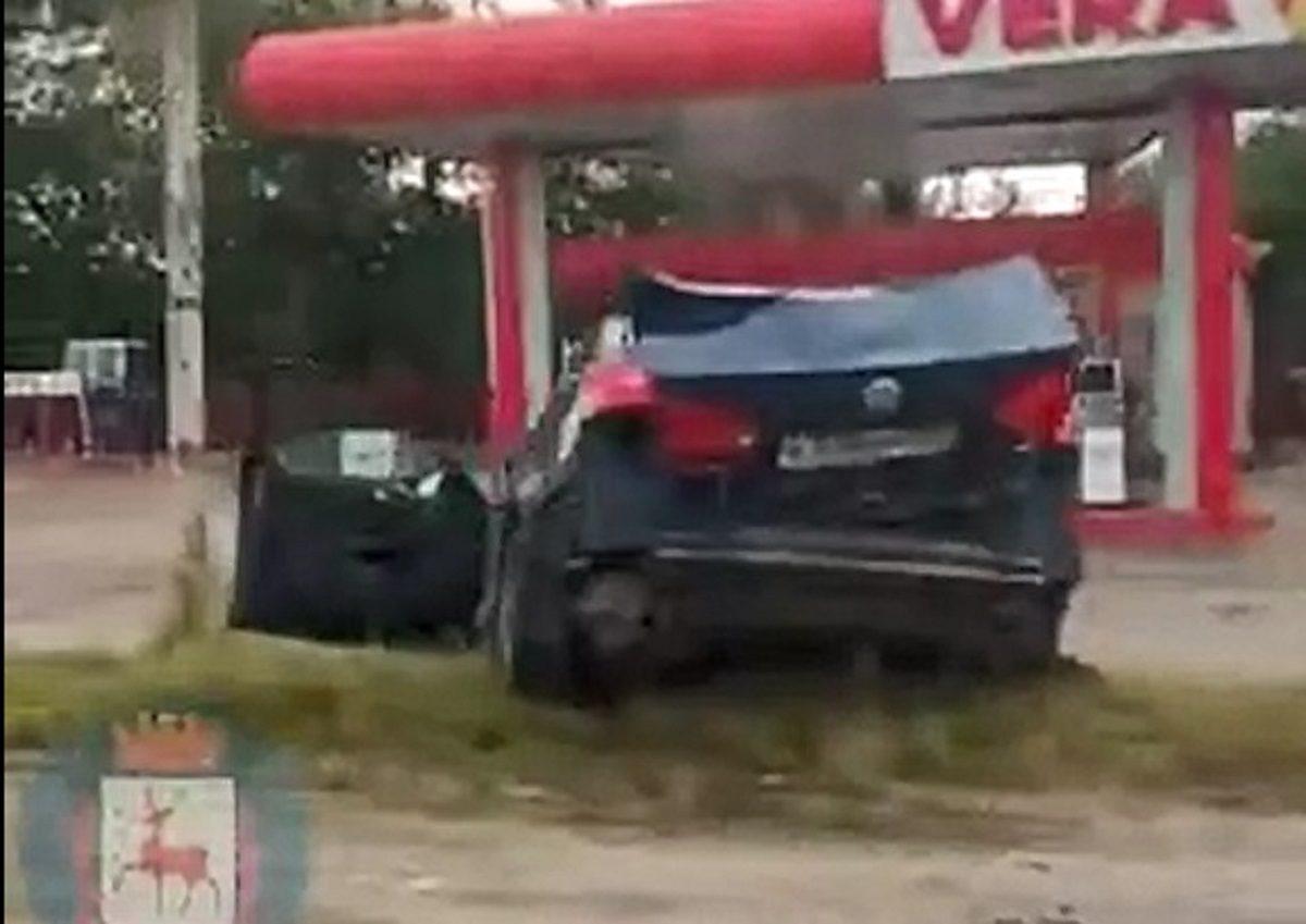 Пять человек погибли и трое ранены: тройное ДТП произошло на трассе Нижний Новгород-Казань