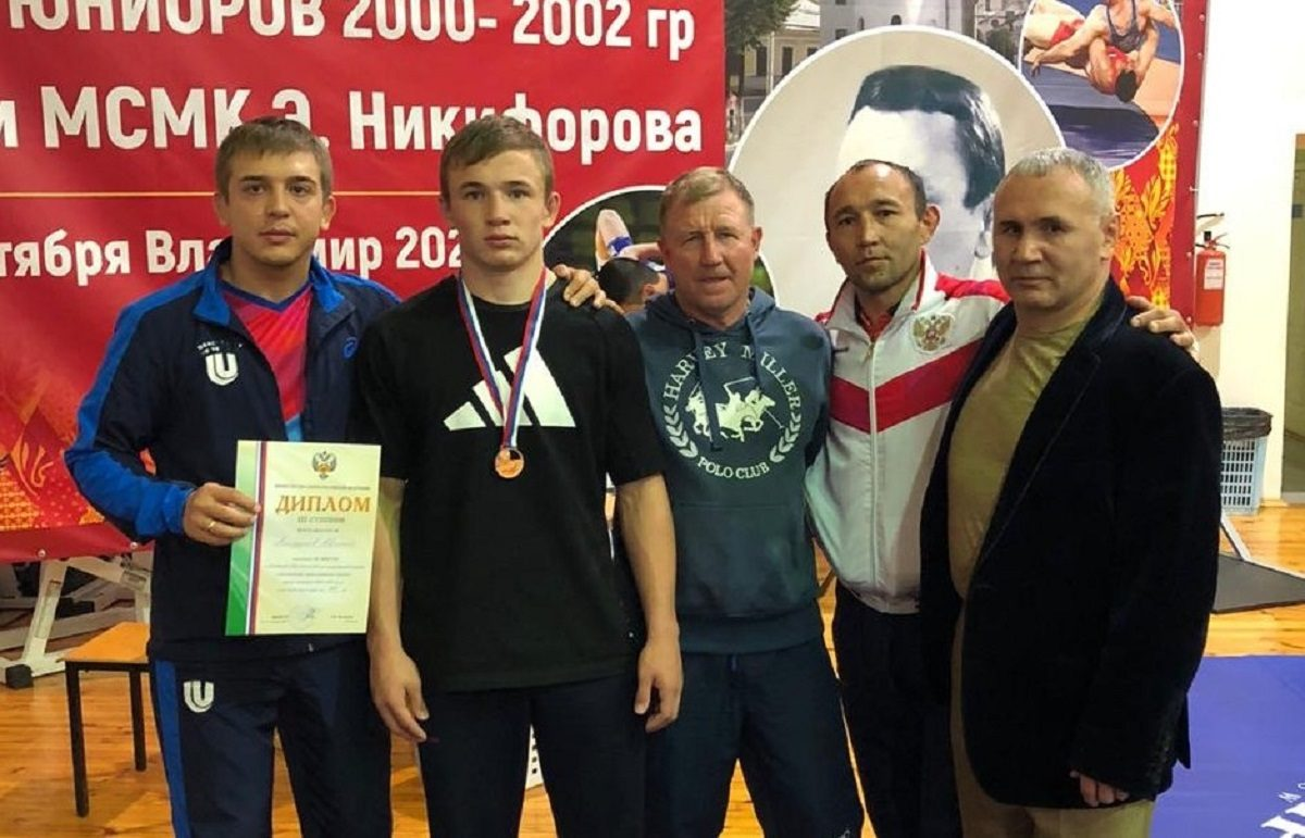 Нижегородские борцы стали бронзовыми призерами первенства России по греко-римской борьбе