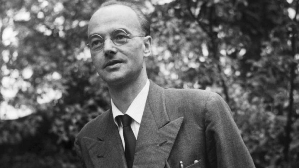 Его звали Клаус: почему имя этого советского разведчика наши учёные вспоминают не очень охотно