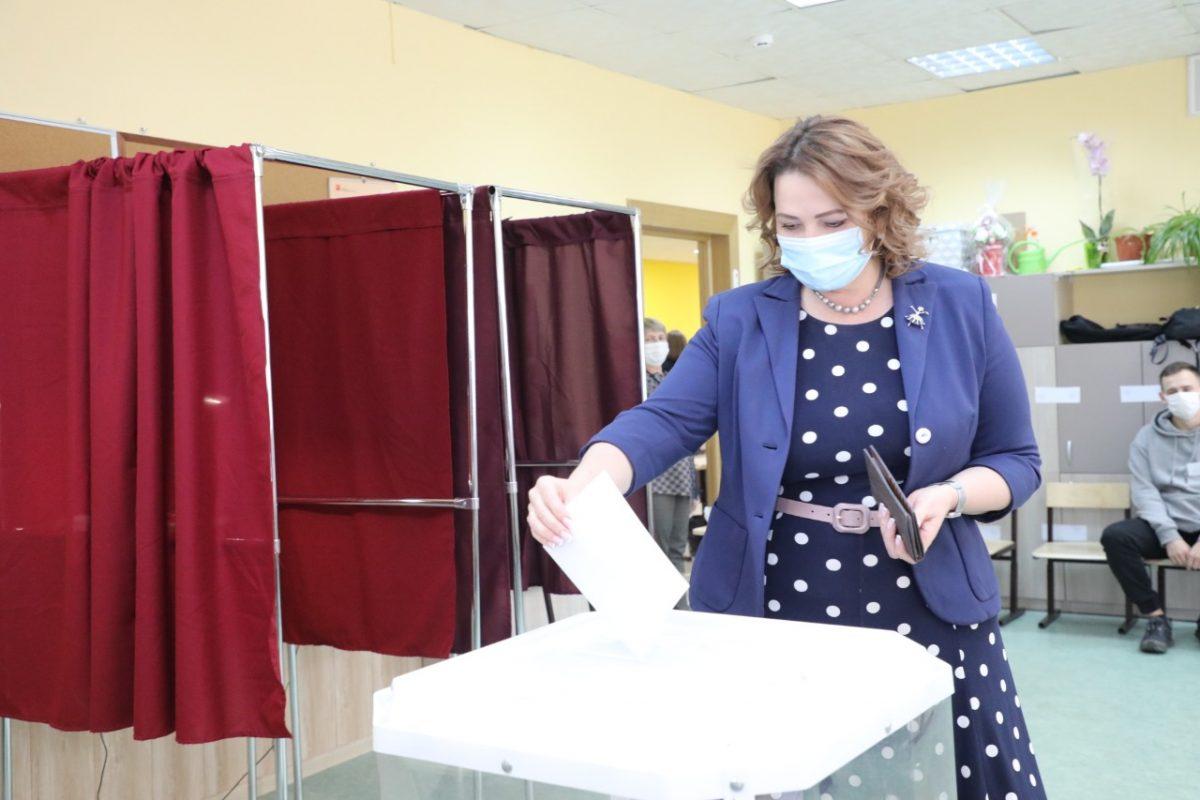 Ольга Щетинина проголосовала на выборах депутатов городской Думы Нижнего Новгорода