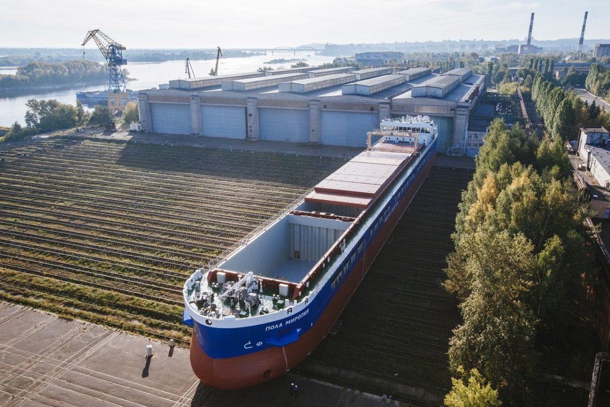 Юбилейный сухогруз спустили на воду на заводе «Красное Сормово»