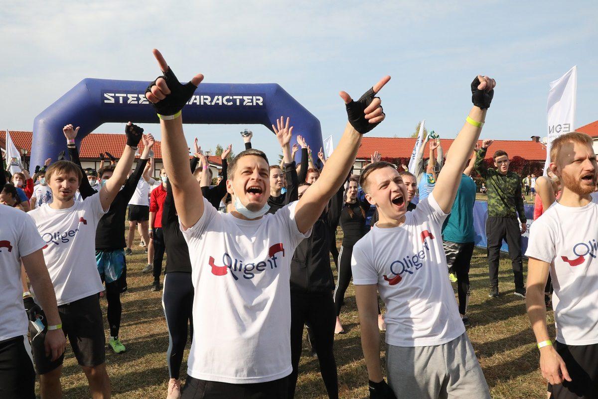 Смотрим яркие кадры с экстремального забега «Стальной характер» в Нижегородской области