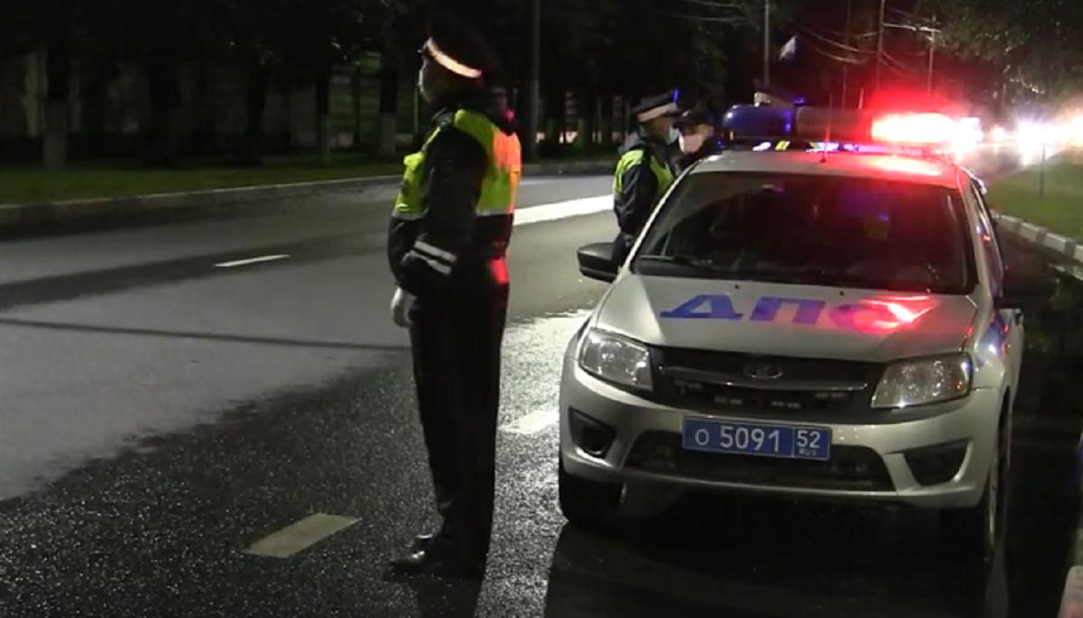 Полицейские остановили нарушителя стрельбой по колесам в Балахнинском районе