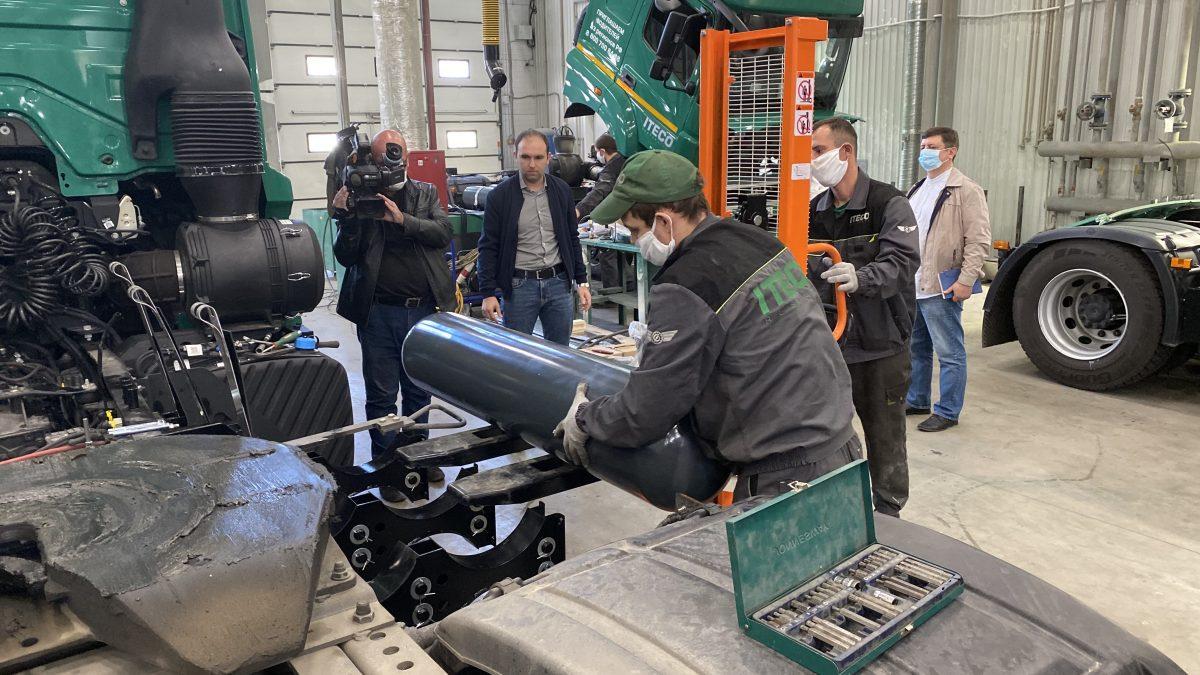Около 1000 автомобилей переведут на газ в Нижегородской области: как это поможет сэкономить