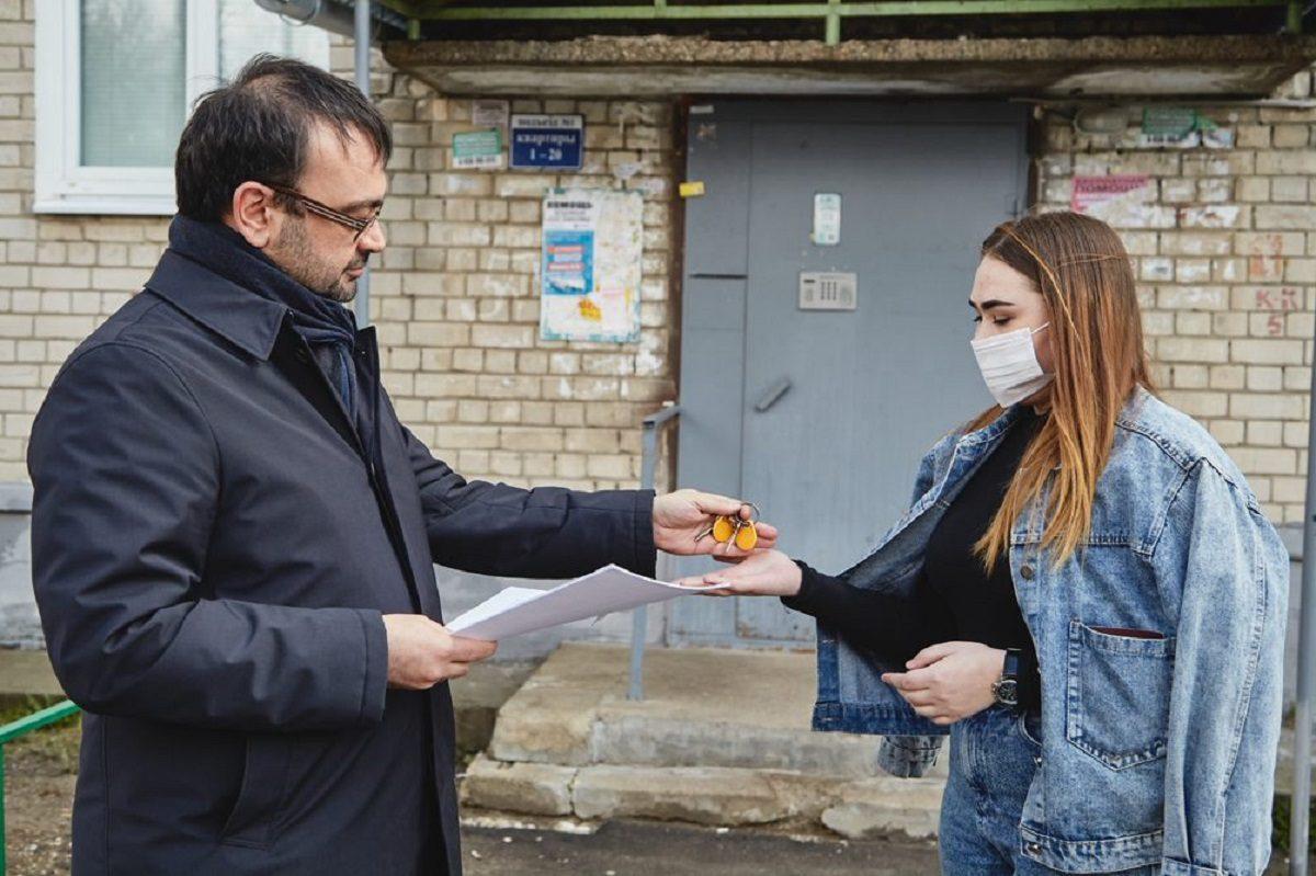 Недетский дом: преподаватель помог своим ученикам получить собственное жильё