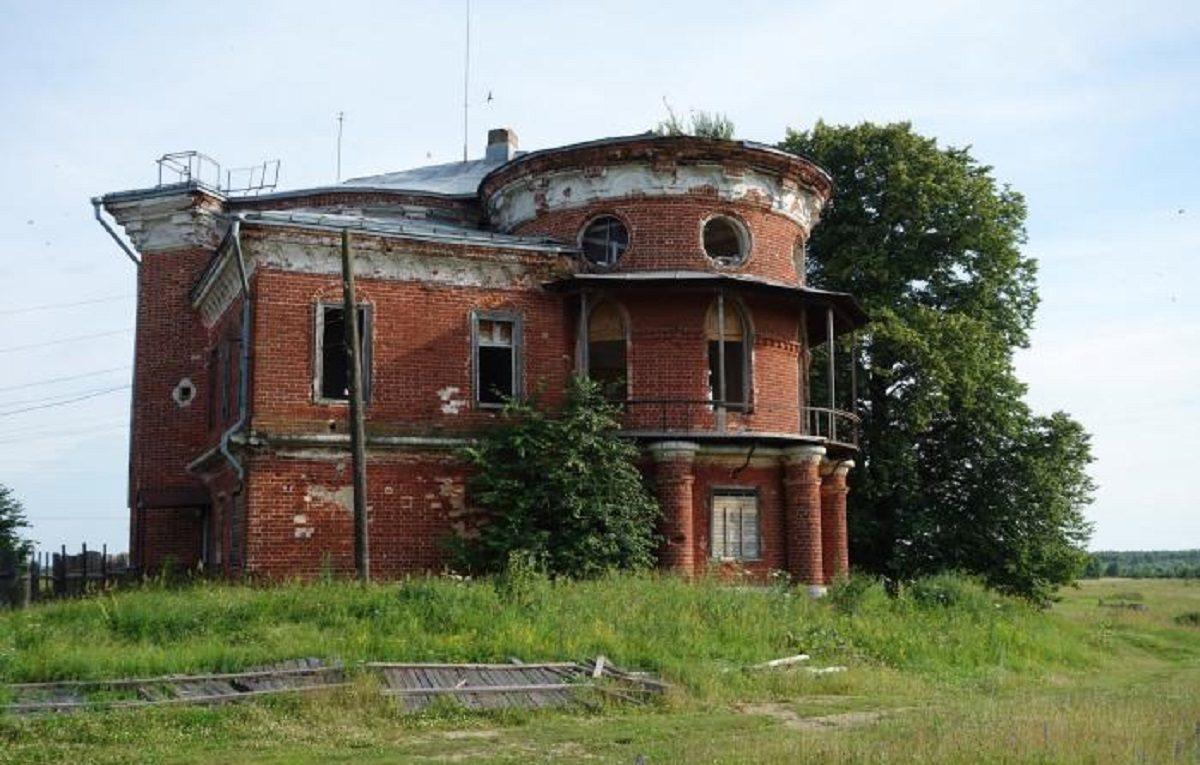 Памятник архитектуры конца 18 века сгорел в Выксе