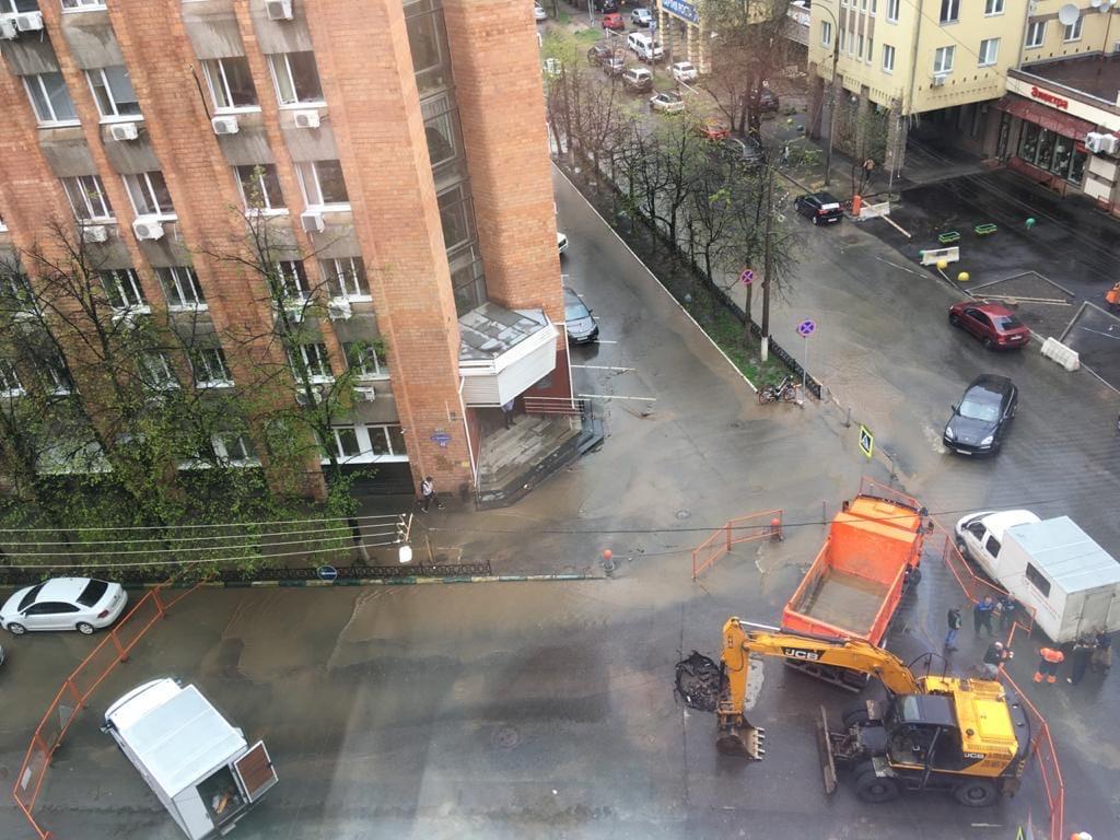 280 метров трубопровода поменяют на улице Ошарской