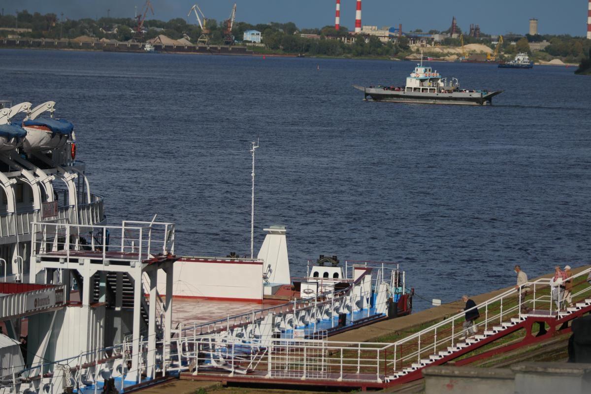 Паром из Нижнего Новгорода на Бор закрывается до весны