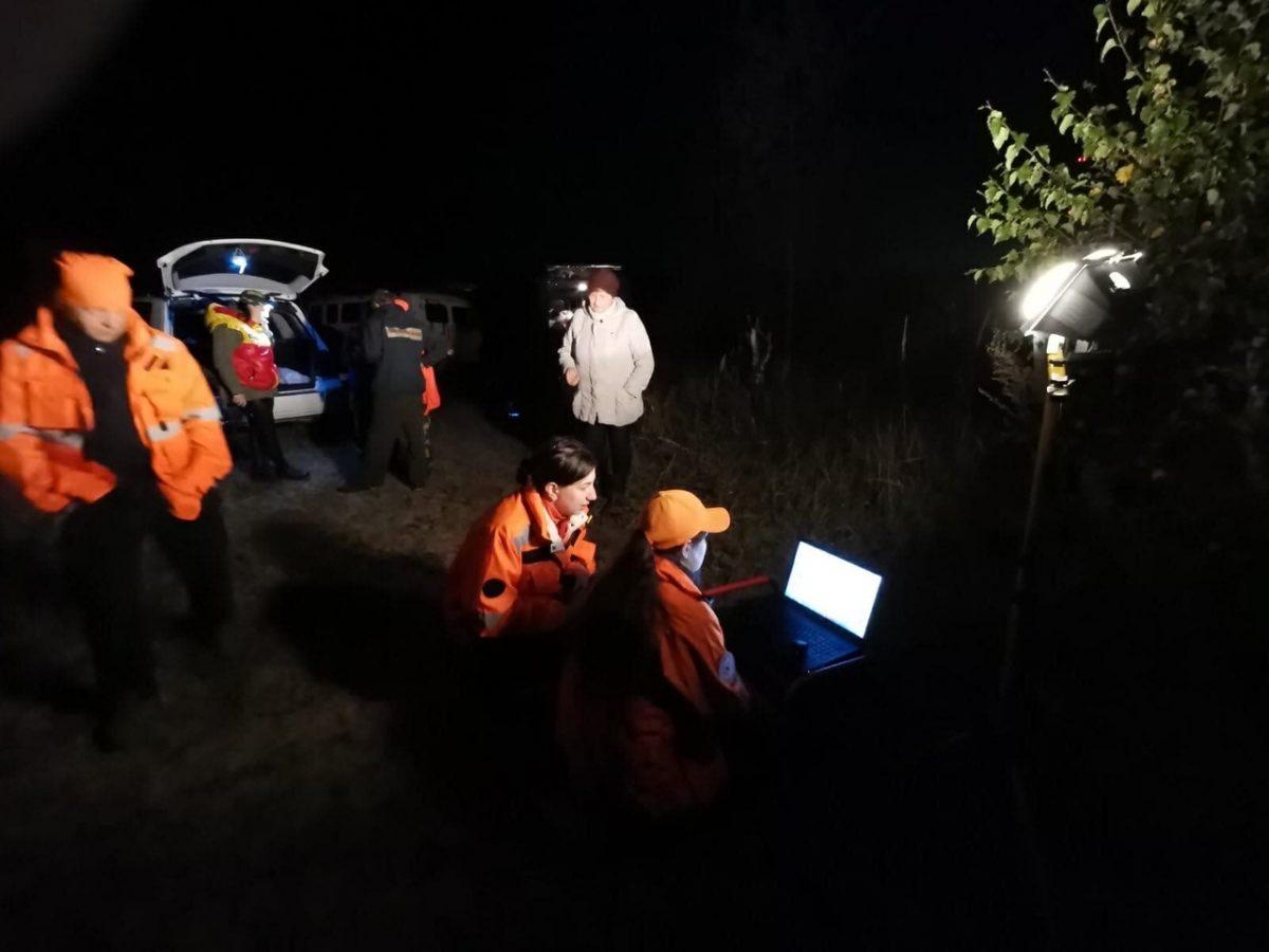 «Кому нужна чужая бабушка за 100 км от города?»: нижегородские волонтеры 90 часов искали заблудившихся в лесу женщин
