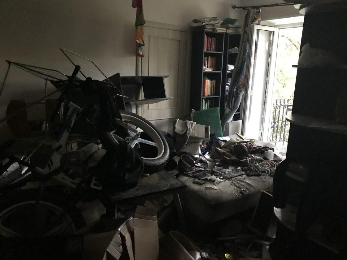Нижегородка поблагодарила пожарных за спасение жителей многоэтажного дома на улице Красносельская