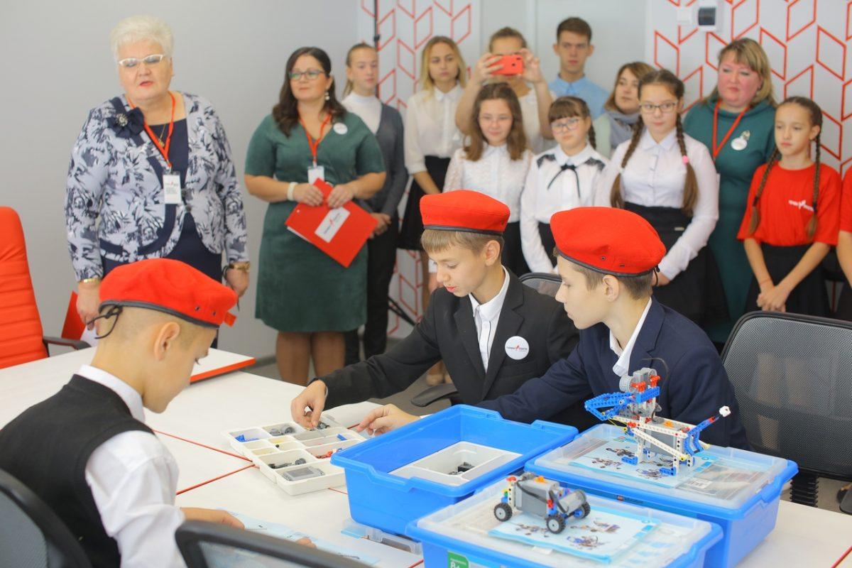 «Точка роста»: смотрим, как нижегородские сельские школы изменились благодаря образовательному проекту