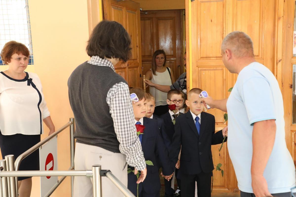 Глеб Никитин опроверг слухи о переходе на дистанционное обучение нижегородских школьников