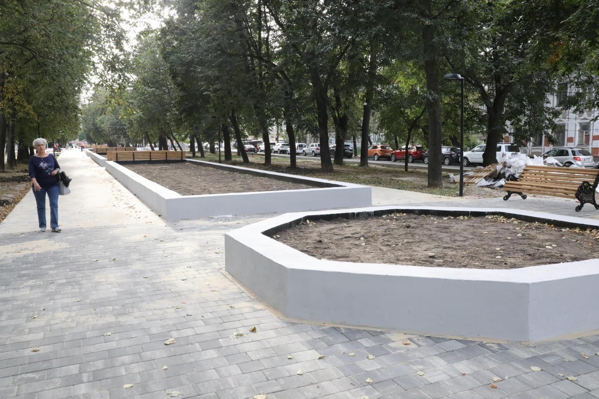 «Бетонка, а не Звездинка»: нижегородцы беспокоятся за судьбу сквера в центре Нижнего Новгорода
