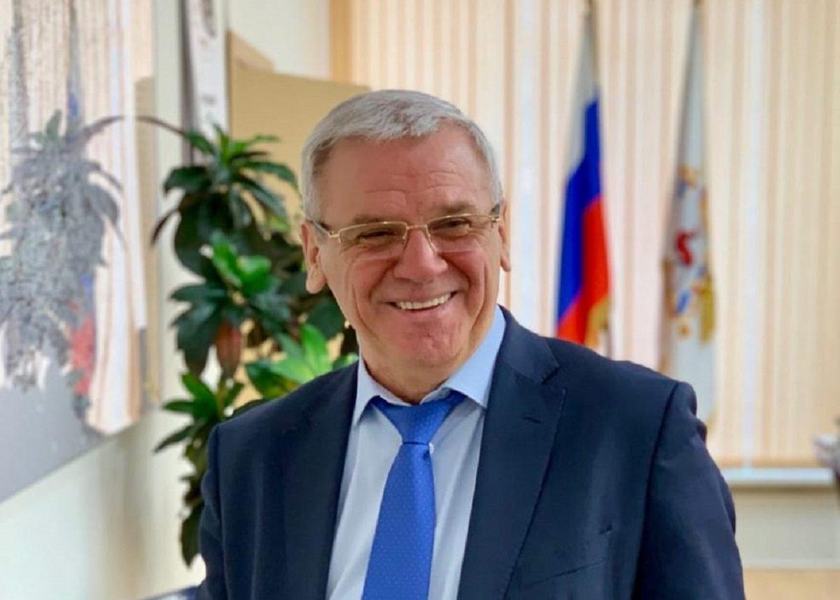 Евгений Люлин: «В 2021 году в приоритете образование и медицина»