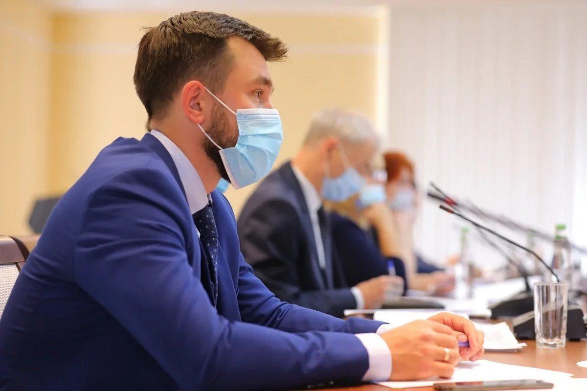 «Доступная среда — это не про пандусы и поручни»: в областном правительстве обсудили, как адаптировать объекты инфраструктуры для людей с особенностями здоровья