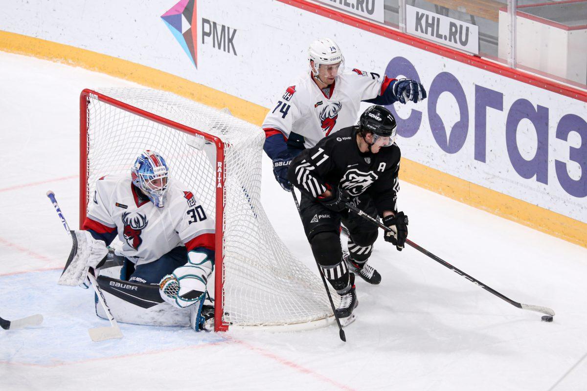 Хоккеисты «Торпедо» потерпели поражение в Челябинске