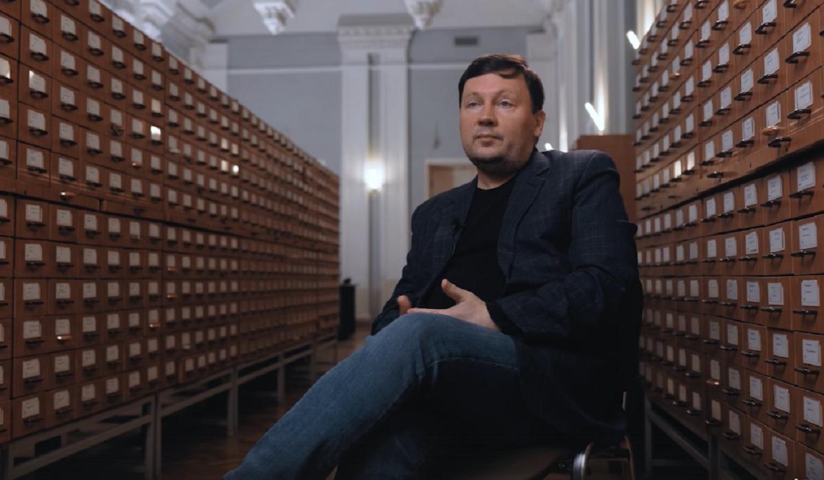 Литературовед и автор книг в жанре нон-фикшн Алексей Коровашко стал героем проекта «Я из Нижнего»