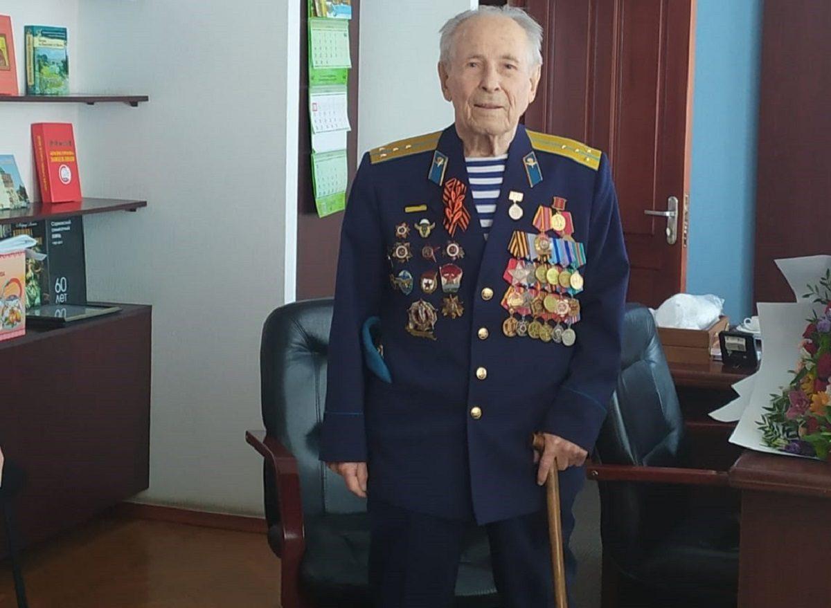 Ветеран Леонид Жуков отпраздновал свое 95-летие в Нижнем Новгороде