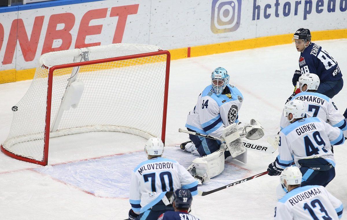 Нижегородское «Торпедо» одержало волевую победу над «Сибирью»