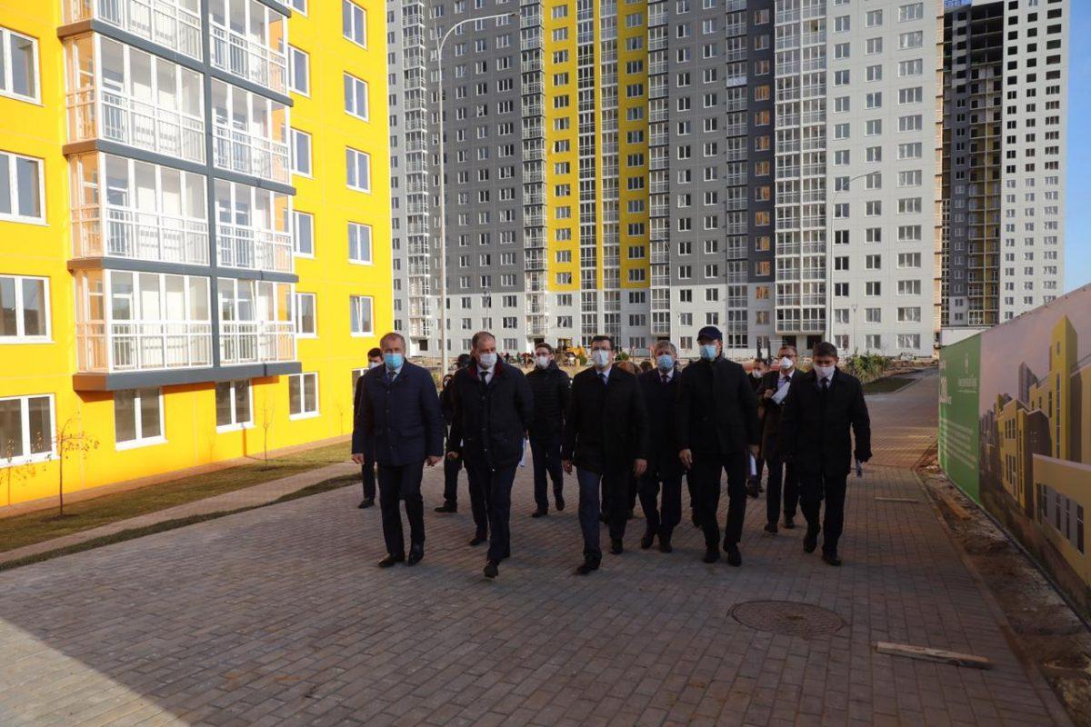 Глеб Никитин: «Две новые дороги ккрупным жилым комплексам планируется построить врамках нацпроекта»
