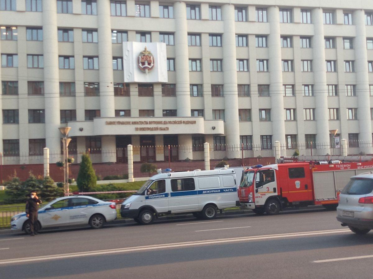 Женщина сгорела у здания полиции в Нижнем Новгороде