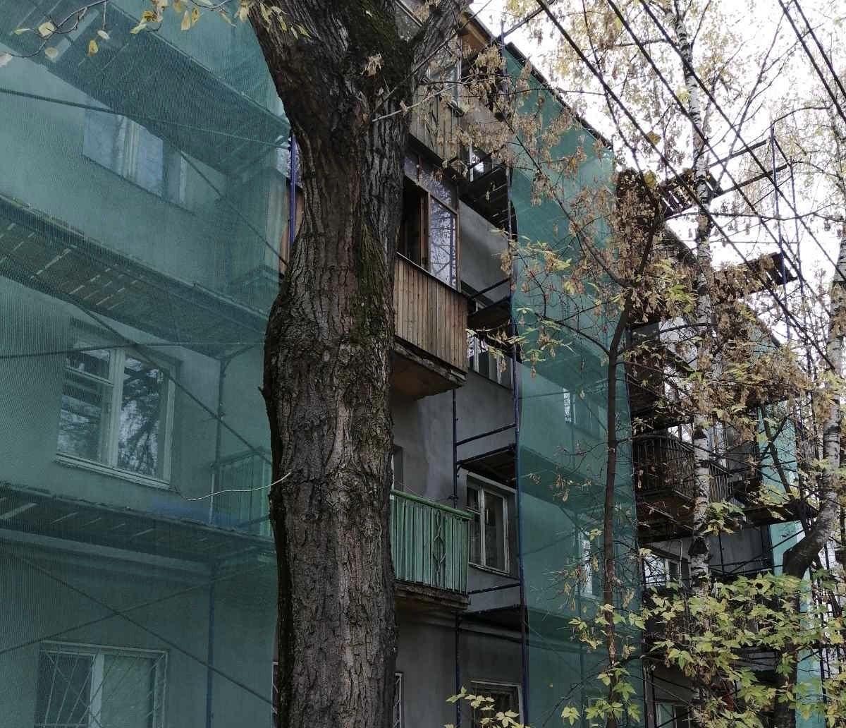 ГЖИ проверила работы поремонту фасада жилого дома вКанавинском районе Нижнего Новгорода