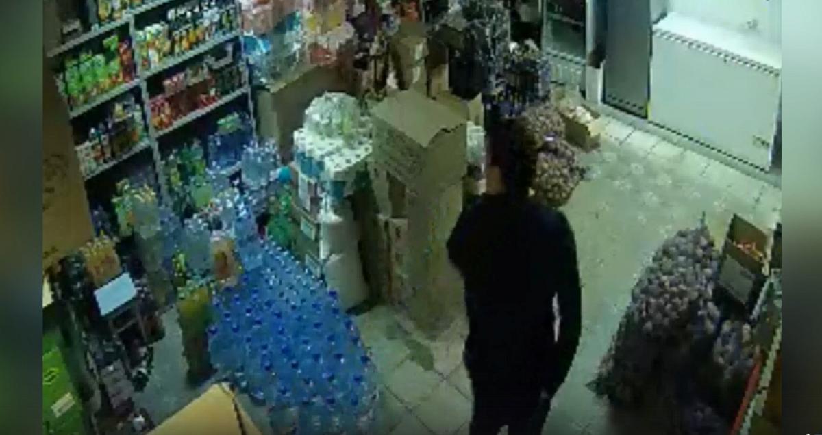 Мужчина украл 37 блоков сигарет из магазина в Богородском районе