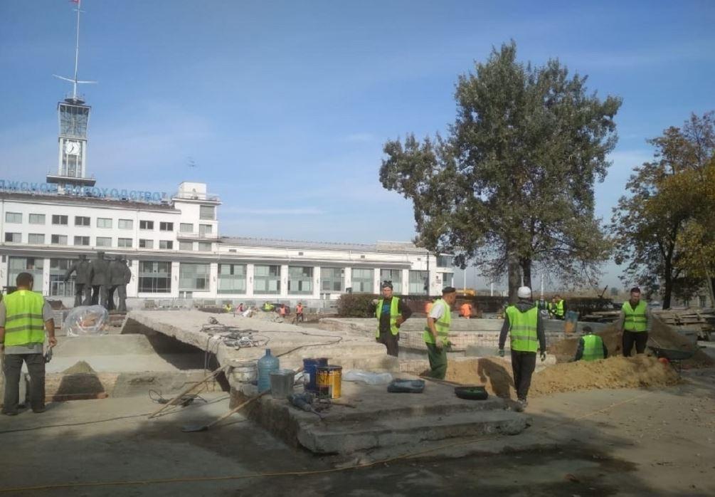 Площадь Маркина и сквер имени Свердлова преобразятся к середине ноября: смотрим, как идут работы по благоустройству