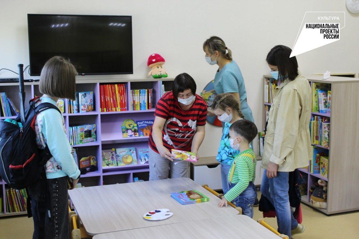 """Глеб Никитин: «Модельные библиотеки, открытые врамках нацпроекта """"Культура"""", пользуются большой популярностью»"""