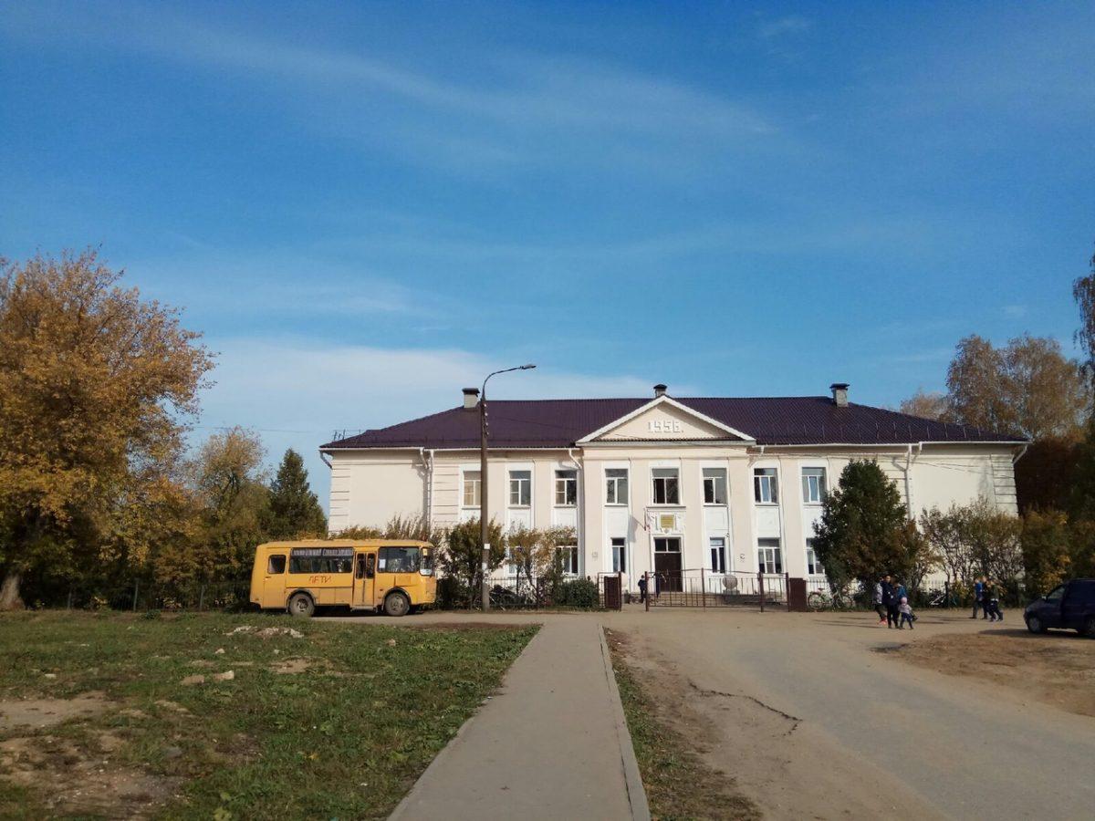 Общественники взяли на контроль благоустройство дороги в неклюдовскую школу