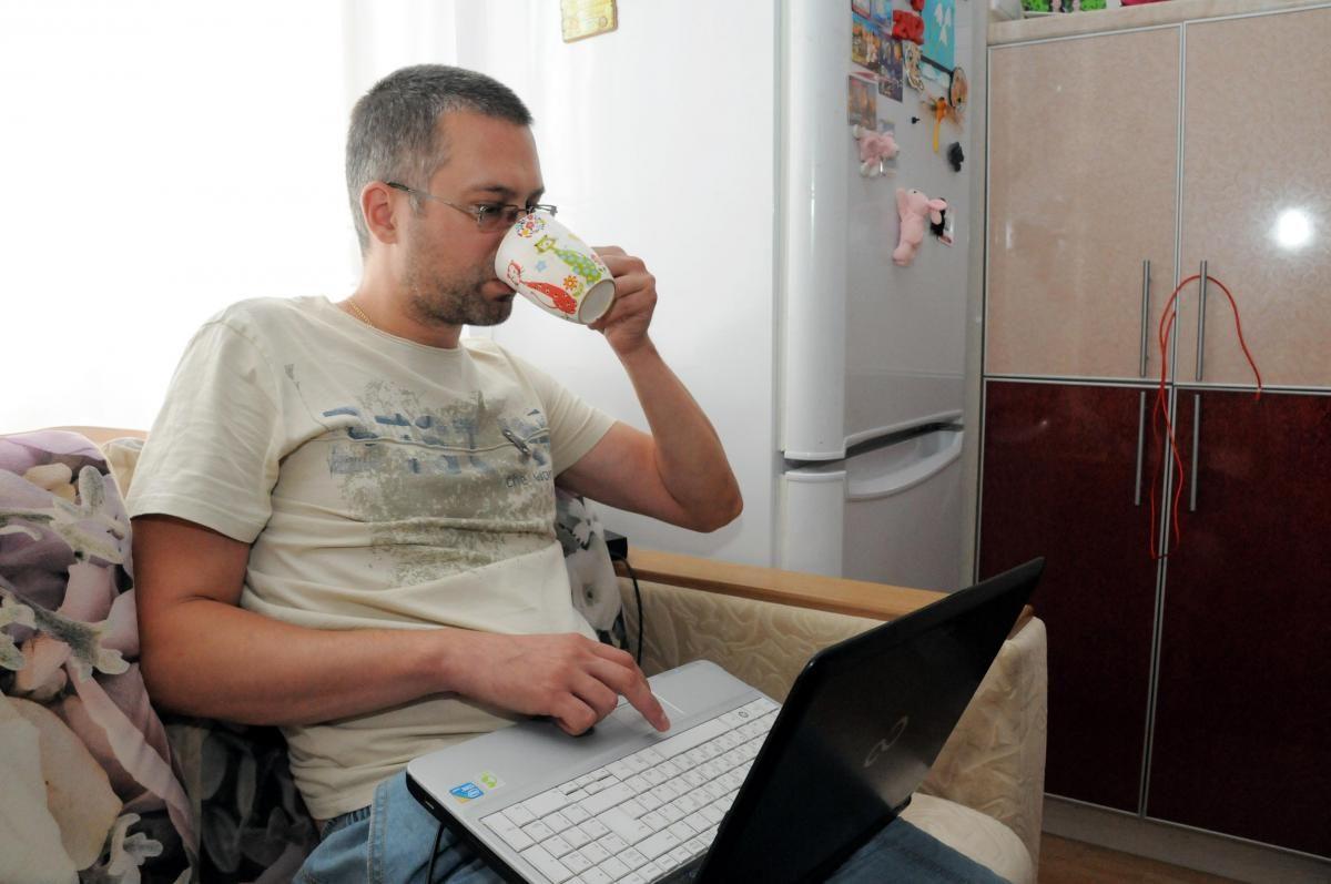Нижегородцы отдают бесплатно щенков, стройматериалы и iPhone