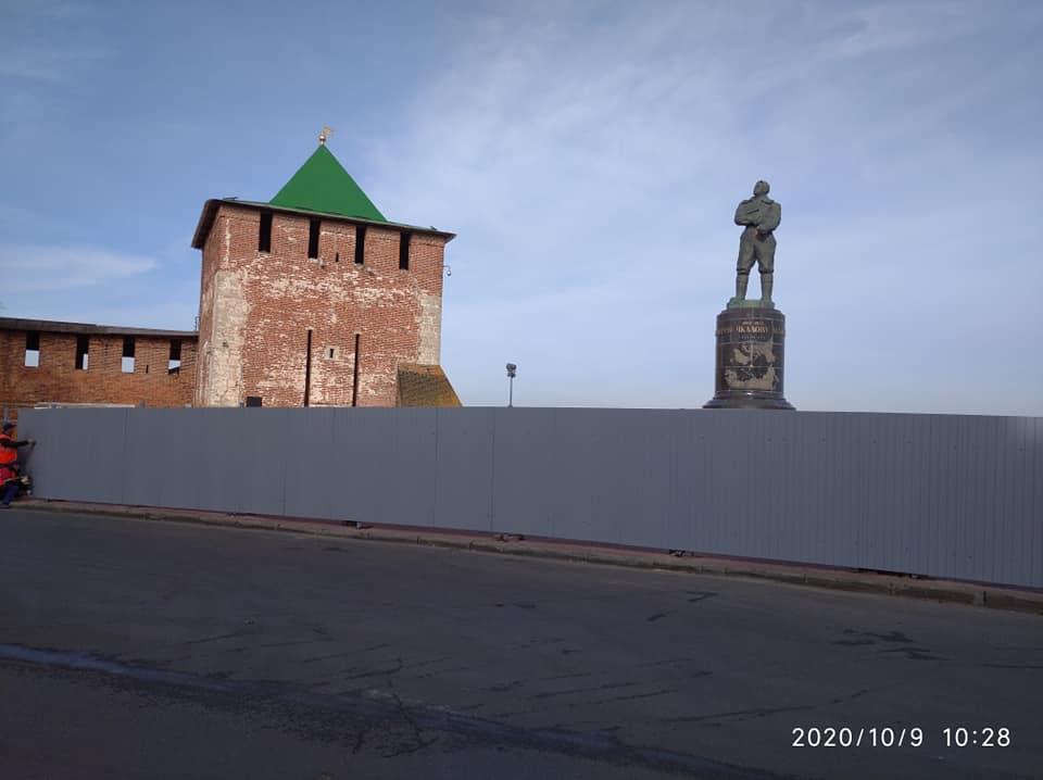 Смотровую площадку у Чкаловской лестницы закрыли на ремонт
