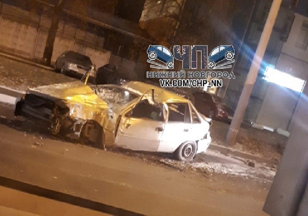 Автобус смял Daewoo Nexia в аварии в Нижнем Новгороде