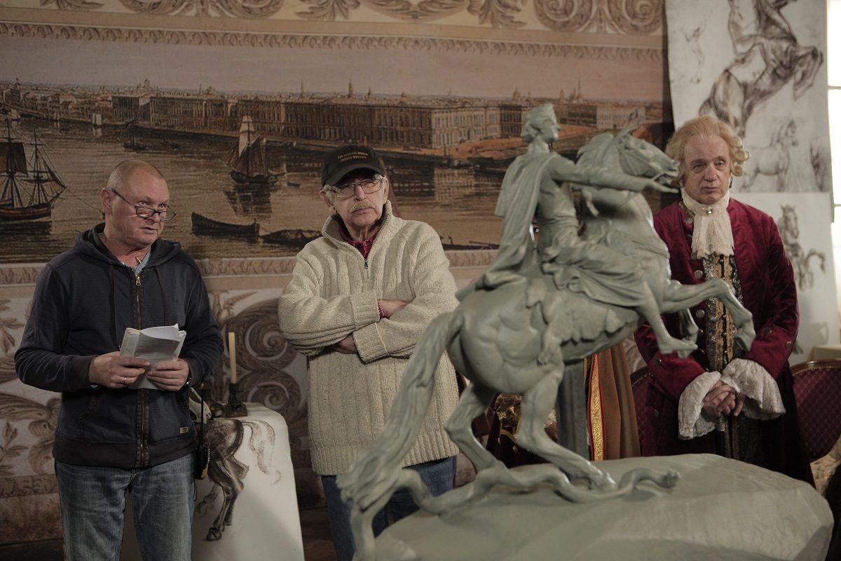 «Медный всадник» Ливановых: знаменитая творческая династия сняла фильм про легендарный памятник