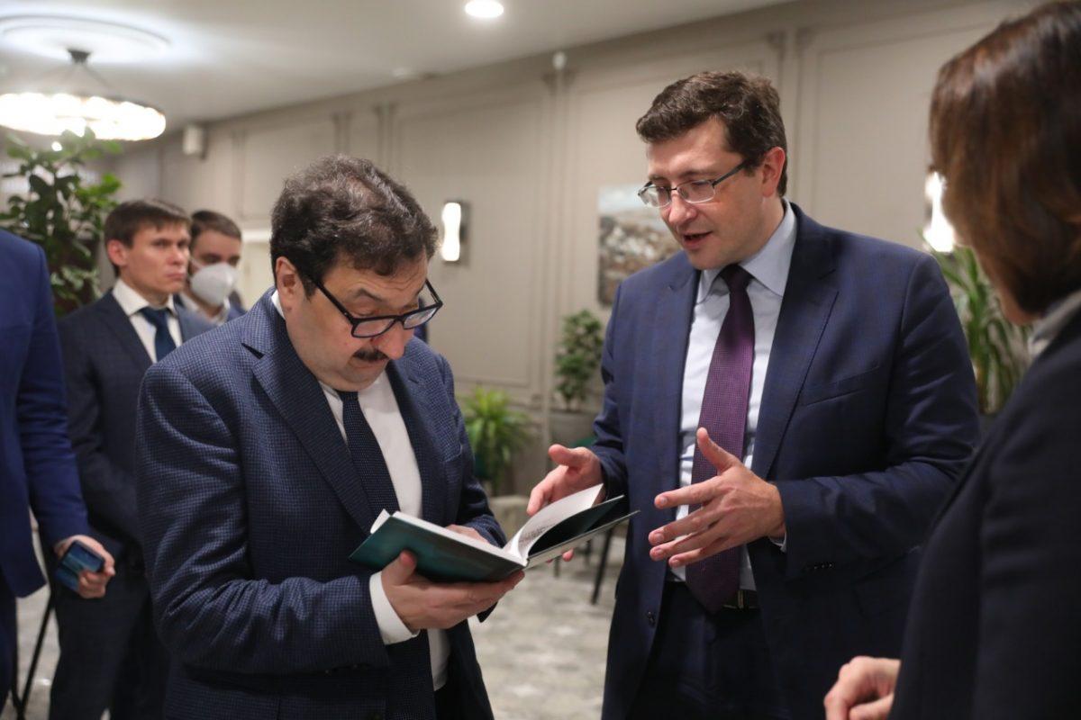 Глеб Никитин провел рабочую встречу сректором РАНХиГС Владимиром Мау