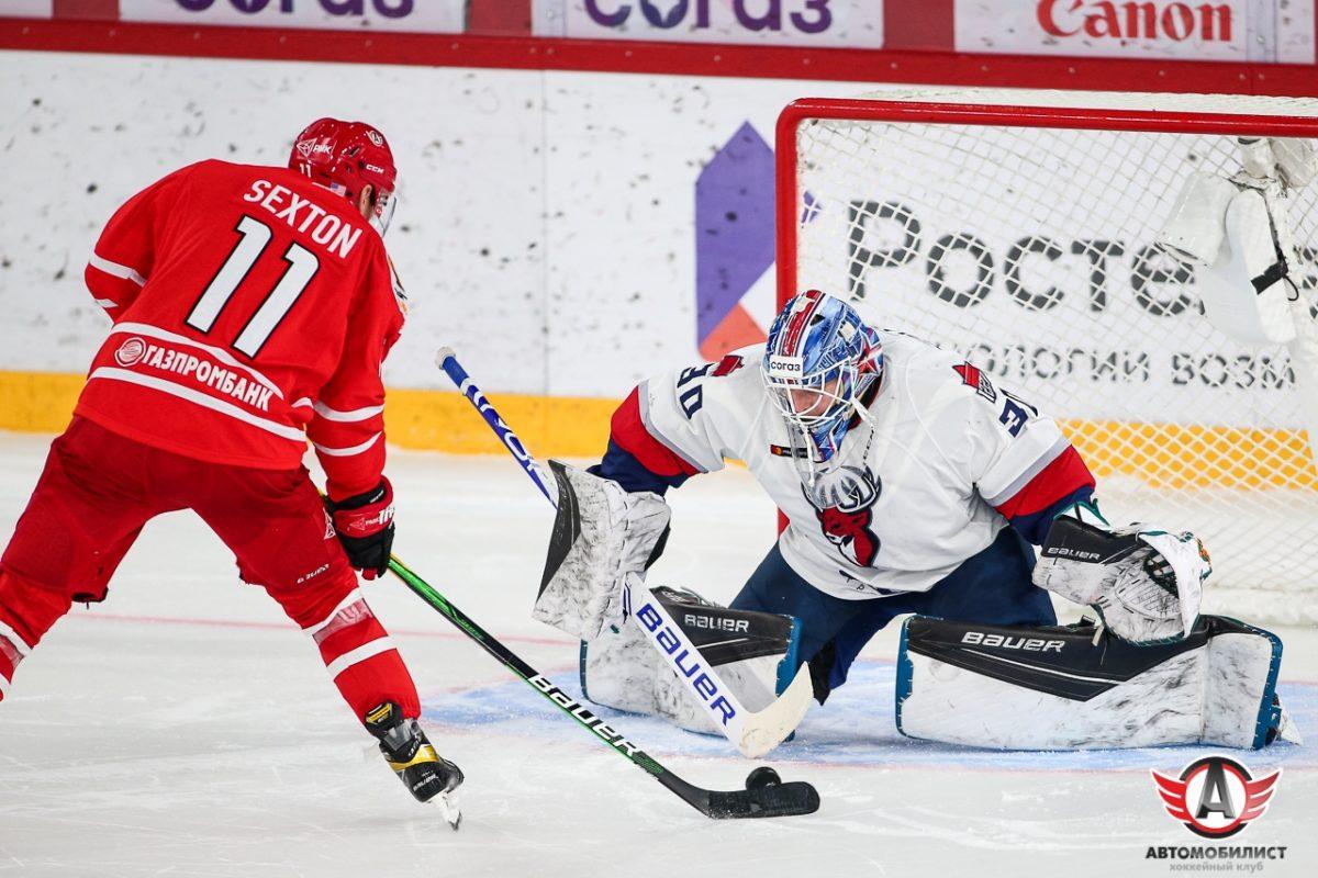 Хоккеисты «Торпедо» на победной ноте завершили выездную серию