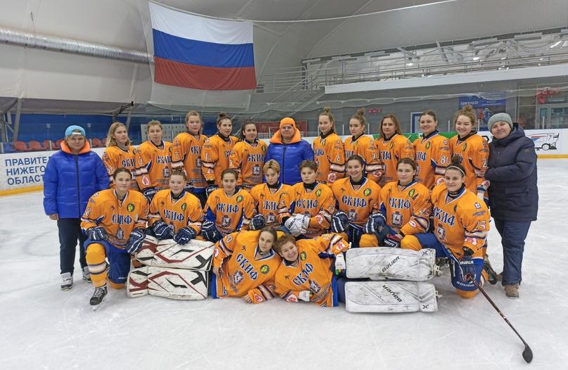Юные нижегородские хоккеистки заняли 2-е место на первом этапе первенства России