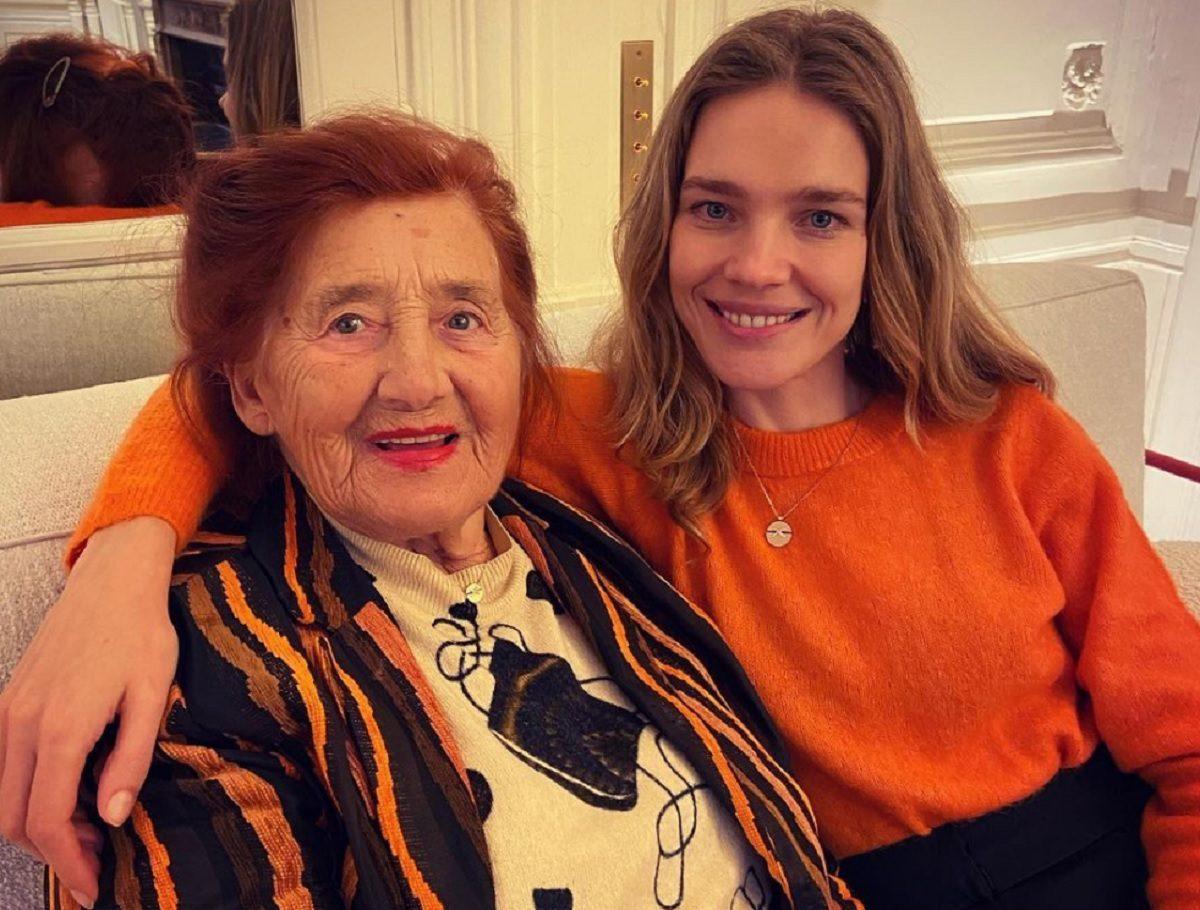 Наталья Водянова опубликовала трогательное фото с бабушкой