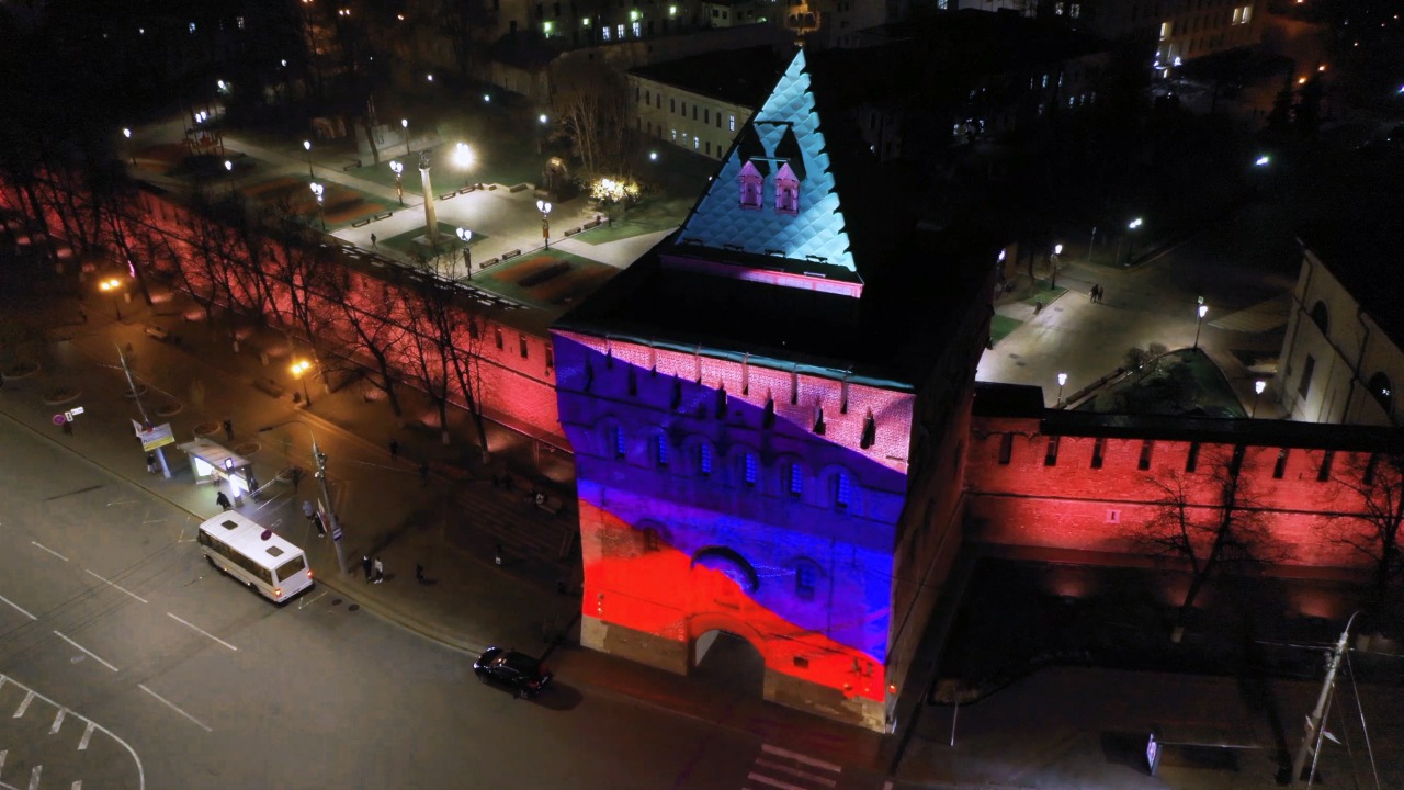 инсталляция Дмитриевская башня День народного единства подсветка 4 ноября