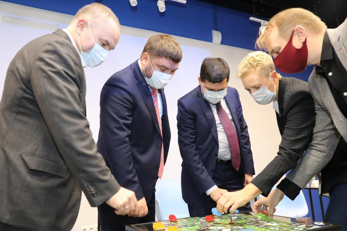 Первую вРоссии настольную экологическую деловую игру «Как управлять отходами» презентовали вНижнем Новгороде