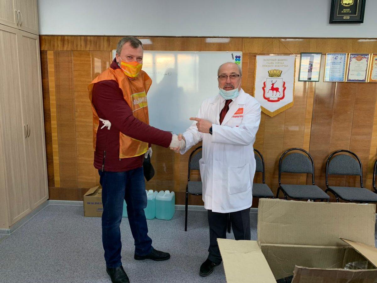 Волонтёры #МыВместе доставили 500 комплектов СИЗов на станцию скорой помощи в Нижнем Новгороде