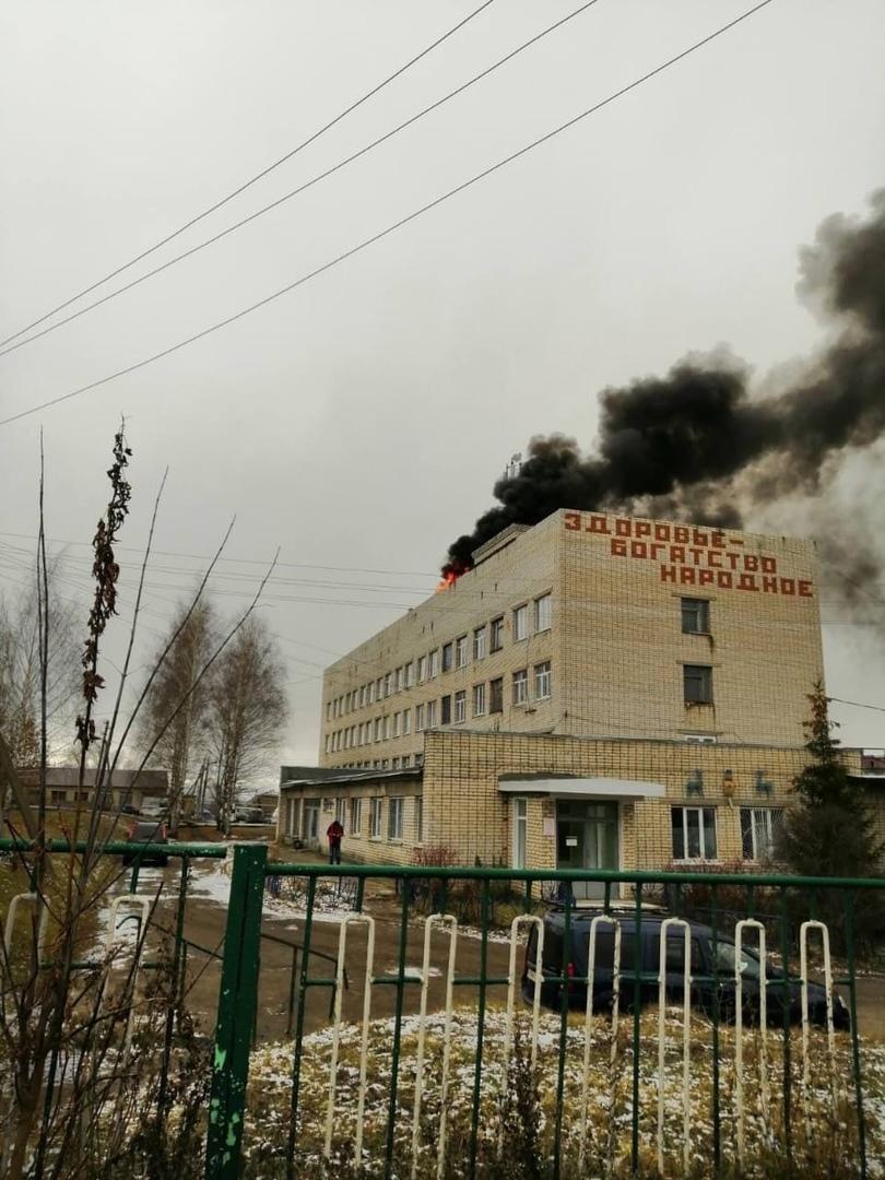 В МЧС опровергли возгорание COVID-госпиталя в Сергаче