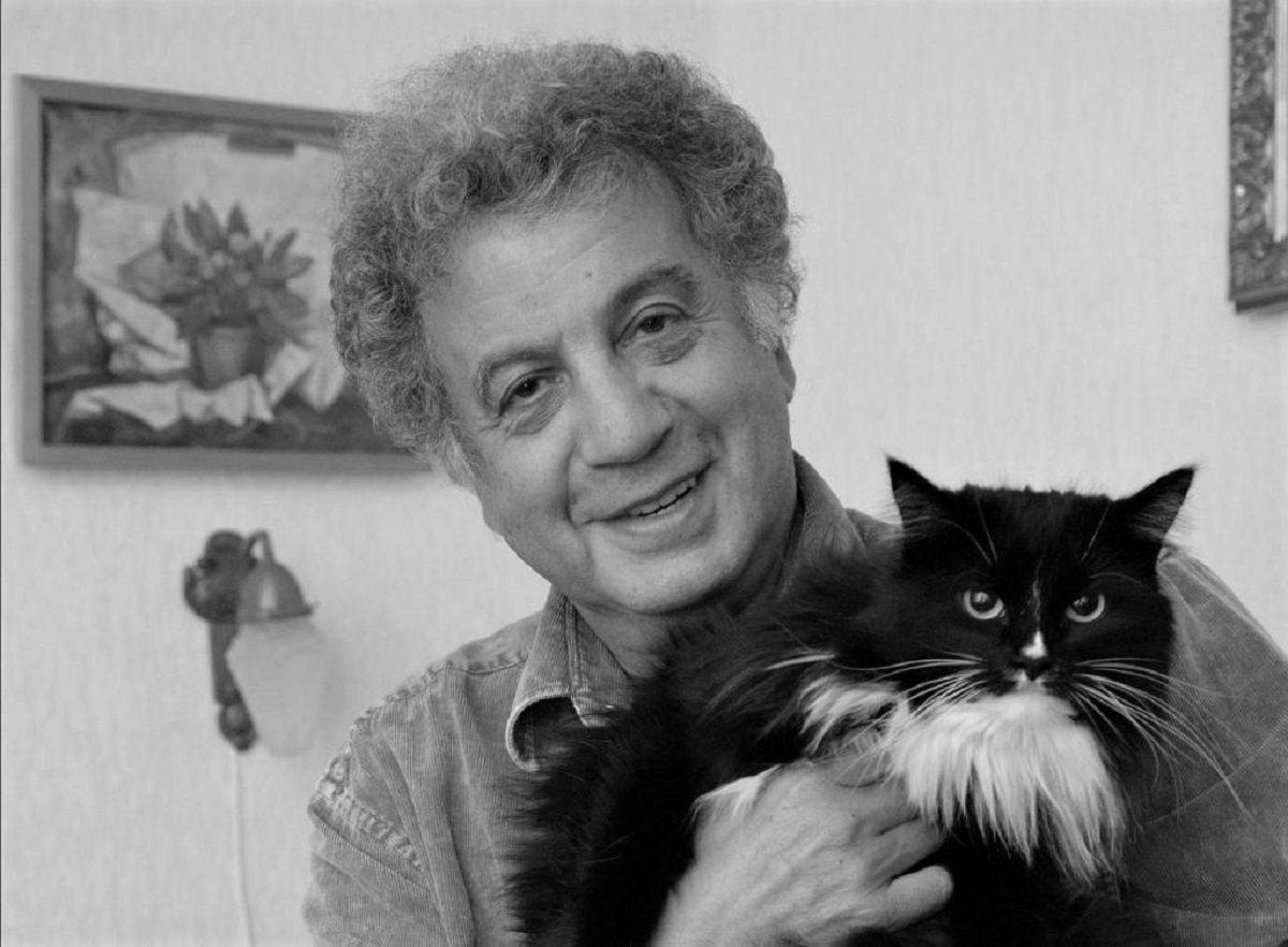 Создатель мультсериала «Ну, погоди!» Александр Курляндский скончался на 83-ем году жизни