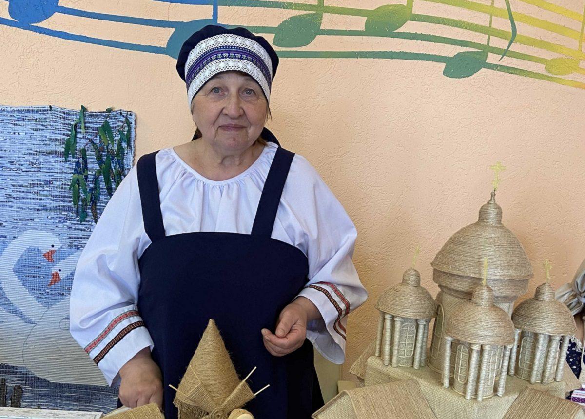Пряничные домики от «Марьи-искусницы»: жительница Лысковаучит всех желающих рукоделию