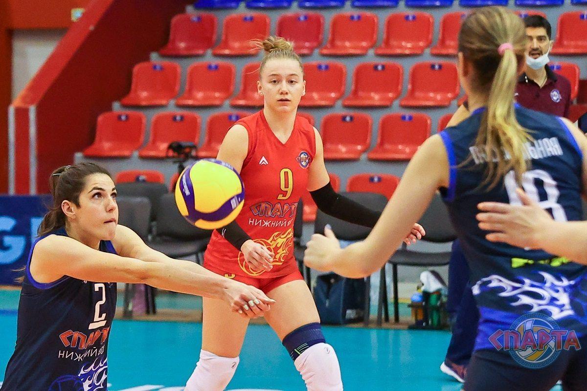 Нижегородские волейболисты провели игры против спортсменов из Татарстана