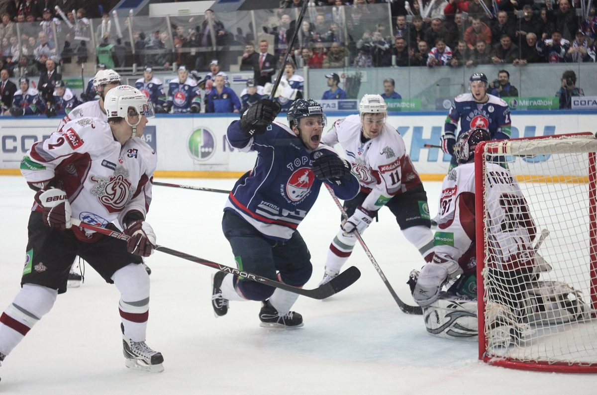 Нижегородские спортсмены отметили День рождения хоккея