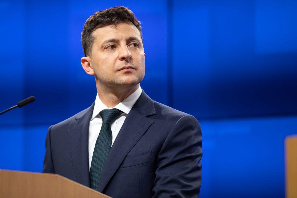Почему президент Украины становится радикальным националистом