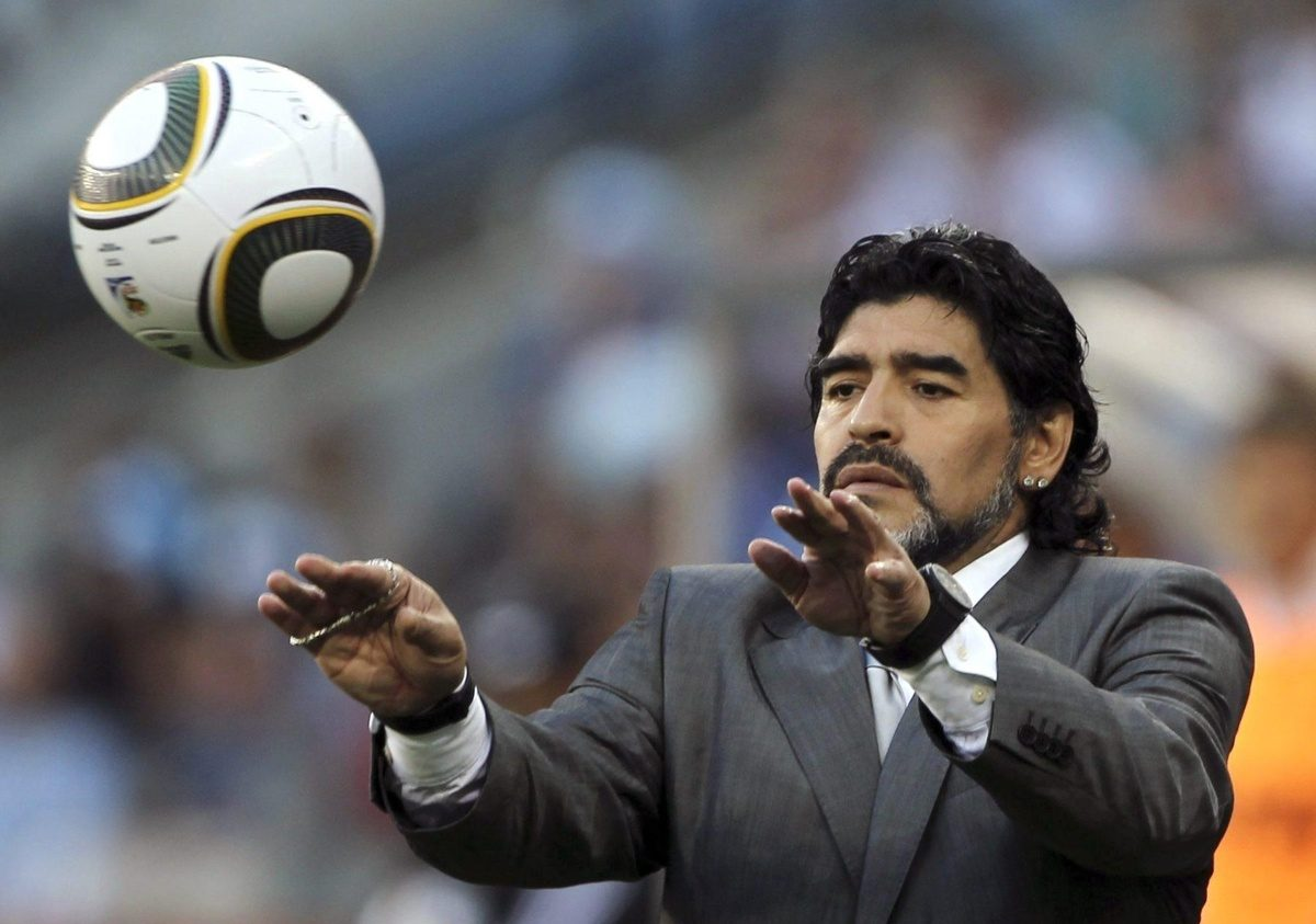 Легенда № 10: почему Диего Марадона не любил признавать своих детей