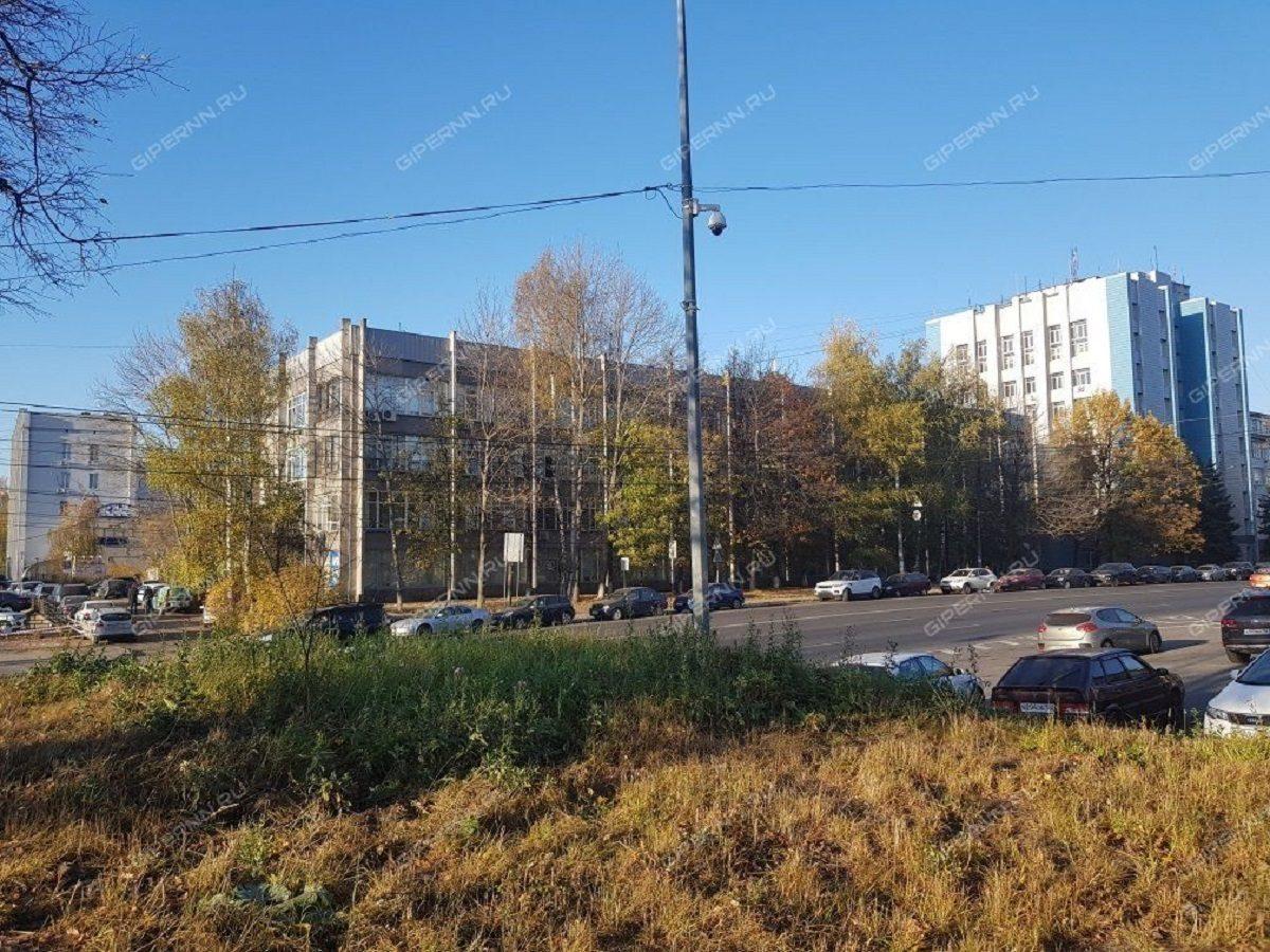 Четырехэтажный бизнес-центр на площади Лядова выставлен на продажу за 190 млн рублей