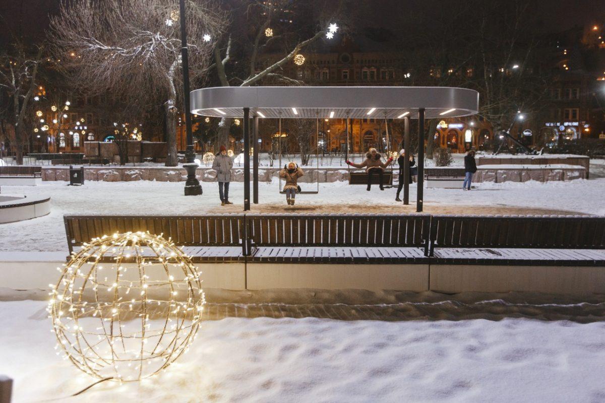 К 800-летию Нижнего Новгорода открывают благоустроенные площади и скверы